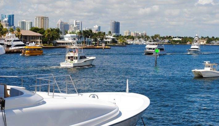 How to Tip your Yacht Charter Crew