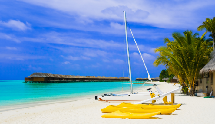 Top 5 Beach to Charter a Yacht